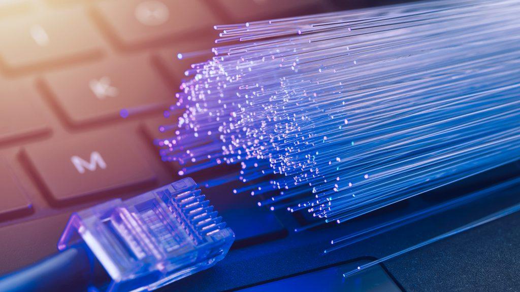 imagem de fibras que representa uma solução de fibra ótica