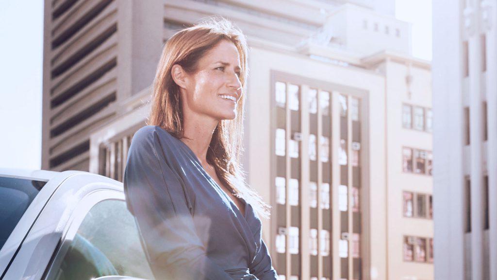 imagem de mulher que representa uma solução de momento presente